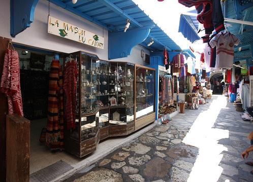 محلات تجارية في مدينة الحمامات القديمة في الحمامات
