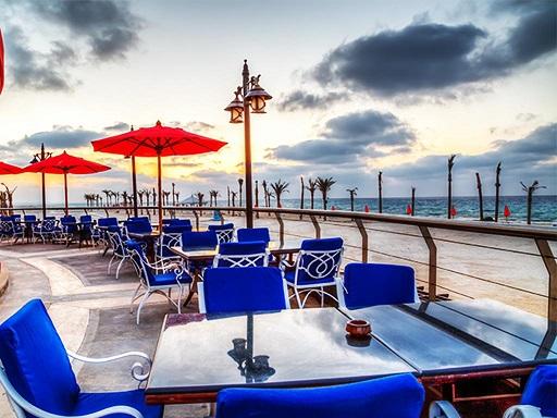 مطاعم شاطئ روميل في مرسى مطروح