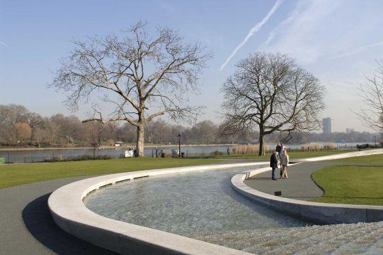 حديقة سانت جايمس بارك في لندن