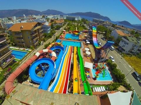حديقة الألعاب المائية أكوا دريم - مارماريس