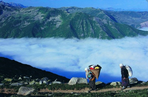 قمة تشاغران كايا من اجمل اماكن السياحة في ريزا تركيا