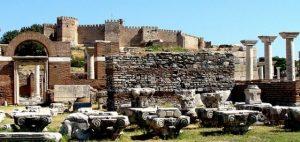 قلعة كاديفاكالي احدى اهم اماكن السياحه في ازمير تركيا