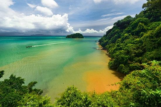 مشهد من جزيرة كولانتا ياي في كرابي