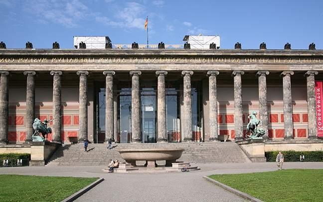 متحف برلين القديم من اهم الاماكن السياحية في برلين