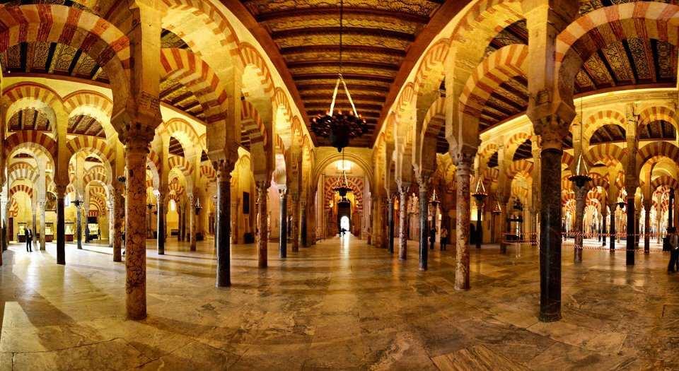 جامع قرطبة اسبانيا من اهم معالم قرطبة السياحية والتاريخية