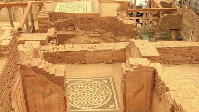 مدينة افسس القديمة مع اهم معالم السياحة في ازمير التركية