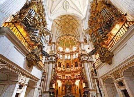 كاتدرائية غرناطة من معالم مدينة غرناطة الاسبانية