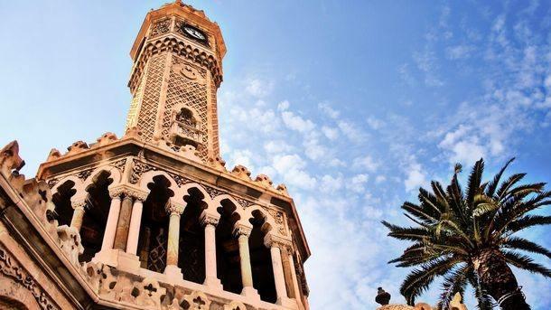 برج الساعة من اهم معالم السياحه في ازمير تركيا