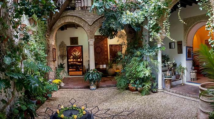 البيت الاندلسي من اشهر الاماكن السياحية في اسبانيا قرطبة