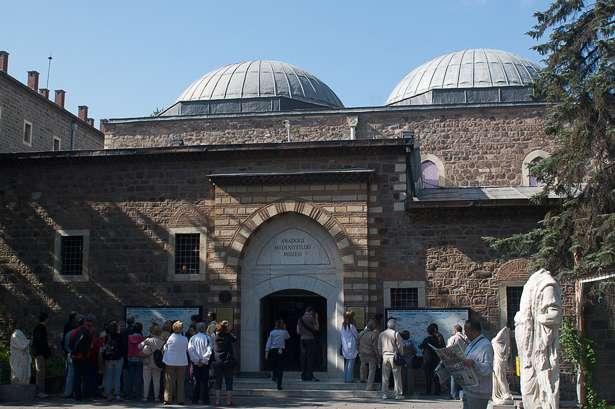 قلعة انقرة من أهم أماكن السياحة في تركيا انقرة