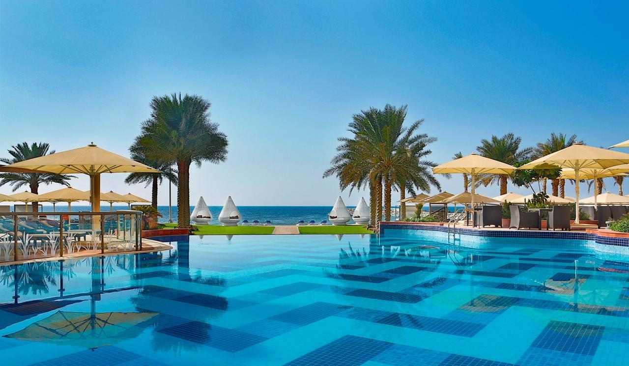 فندق القصر عجمان من افضل الفنادق في عجمان