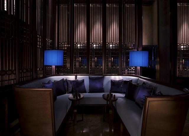 فندق القصر ابوظبي من افضل فنادق ابوظبي