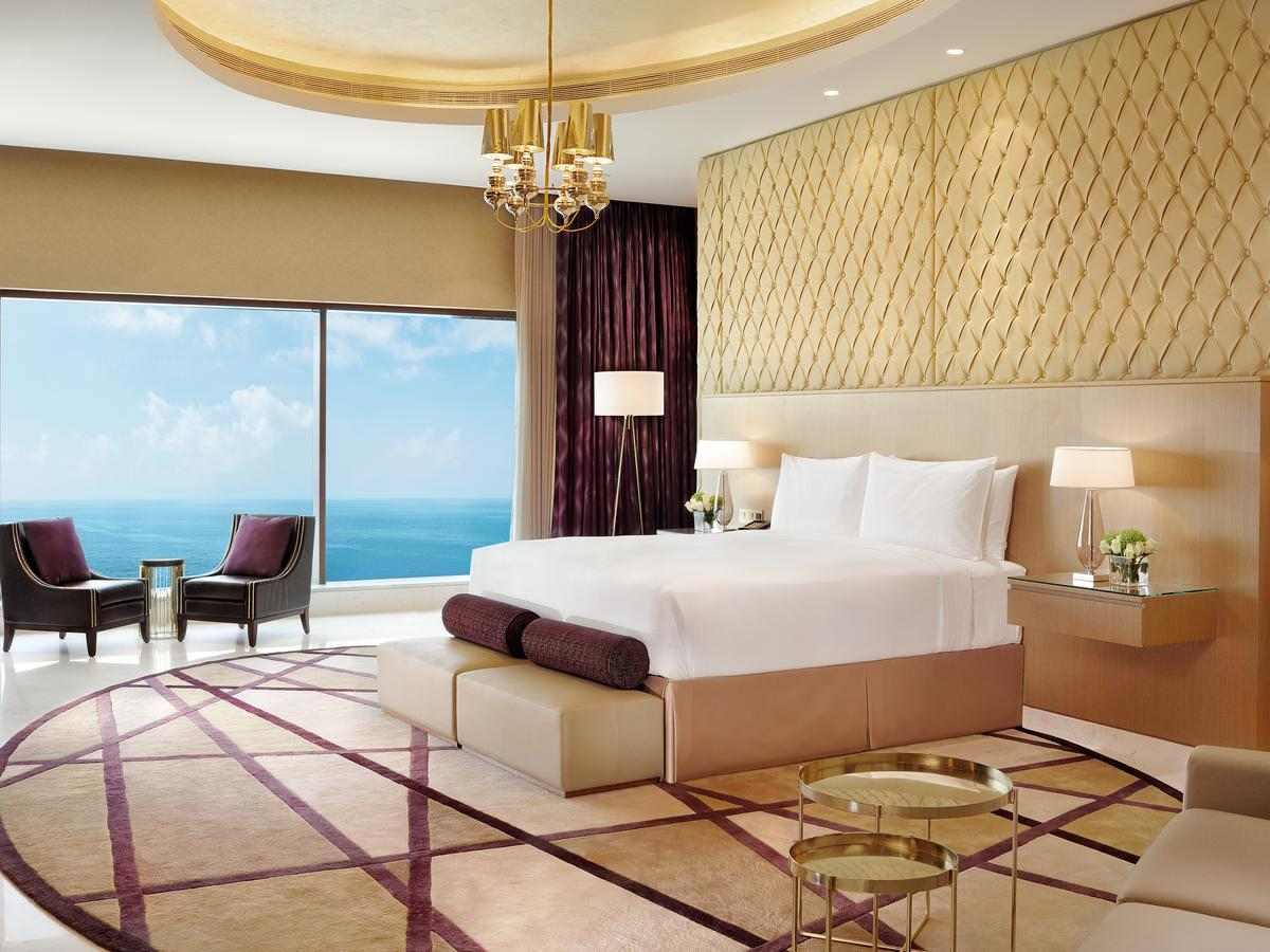 فندق عجمان فيرمونت من افضل الفنادق في عجمان