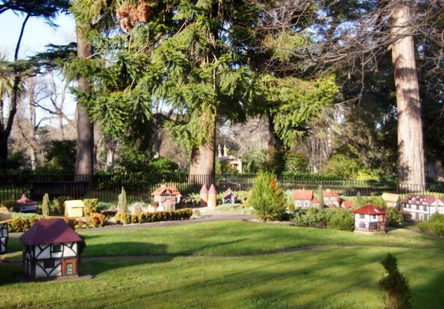 حدائق فيتزروي ملبورن من افضل الحدائق في ملبورن