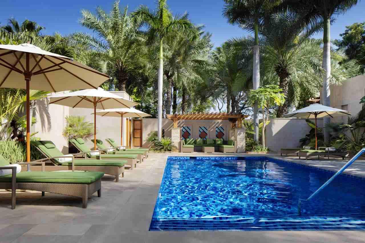 فندق النسيم دبي أحد أفخم سلسلة فندق في جميرا دبي فهو يُقدّم غرف راقية