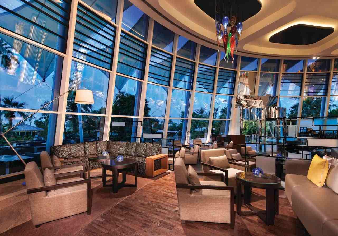 مطعم فندق جميرا بيتش دبي تُقدّم المأكولات العالمية الشهية