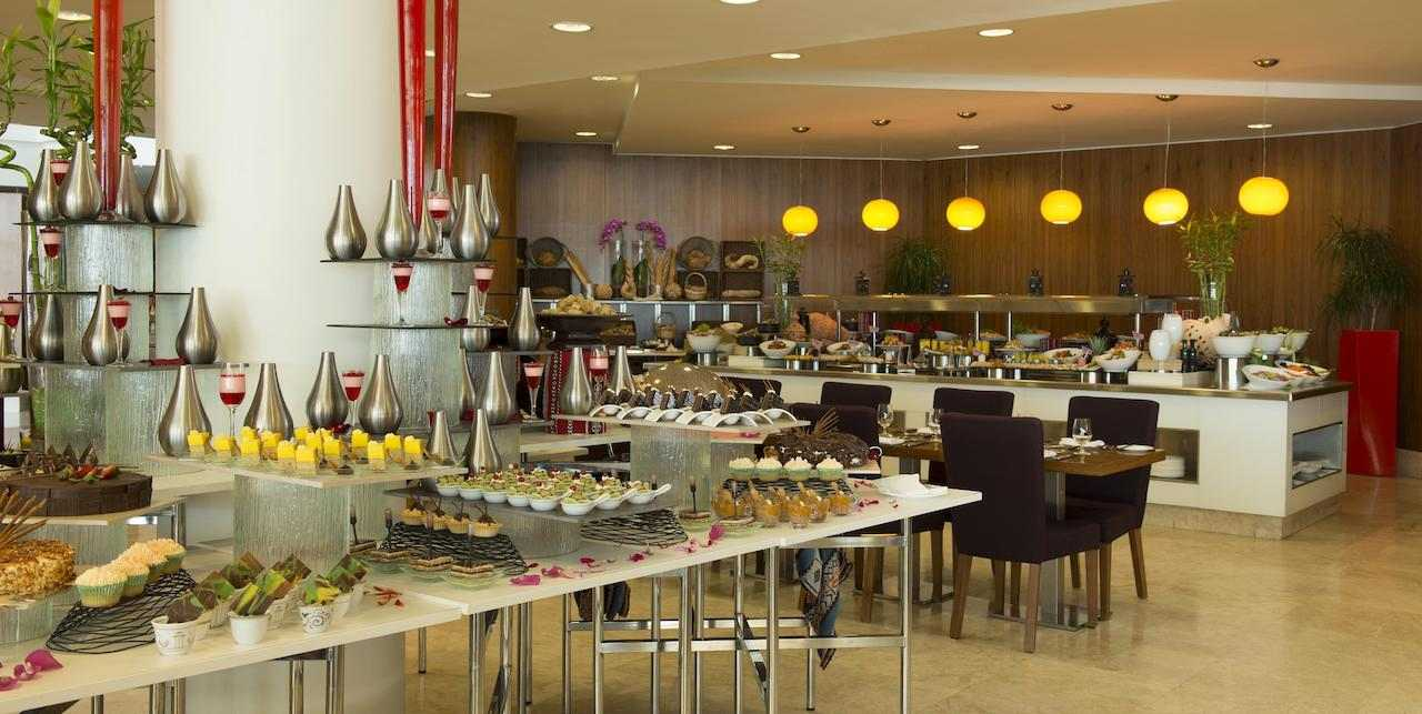 فندق راديسون بلو أبوظبي جزيرة ياس من افضل فنادق أبوظبي
