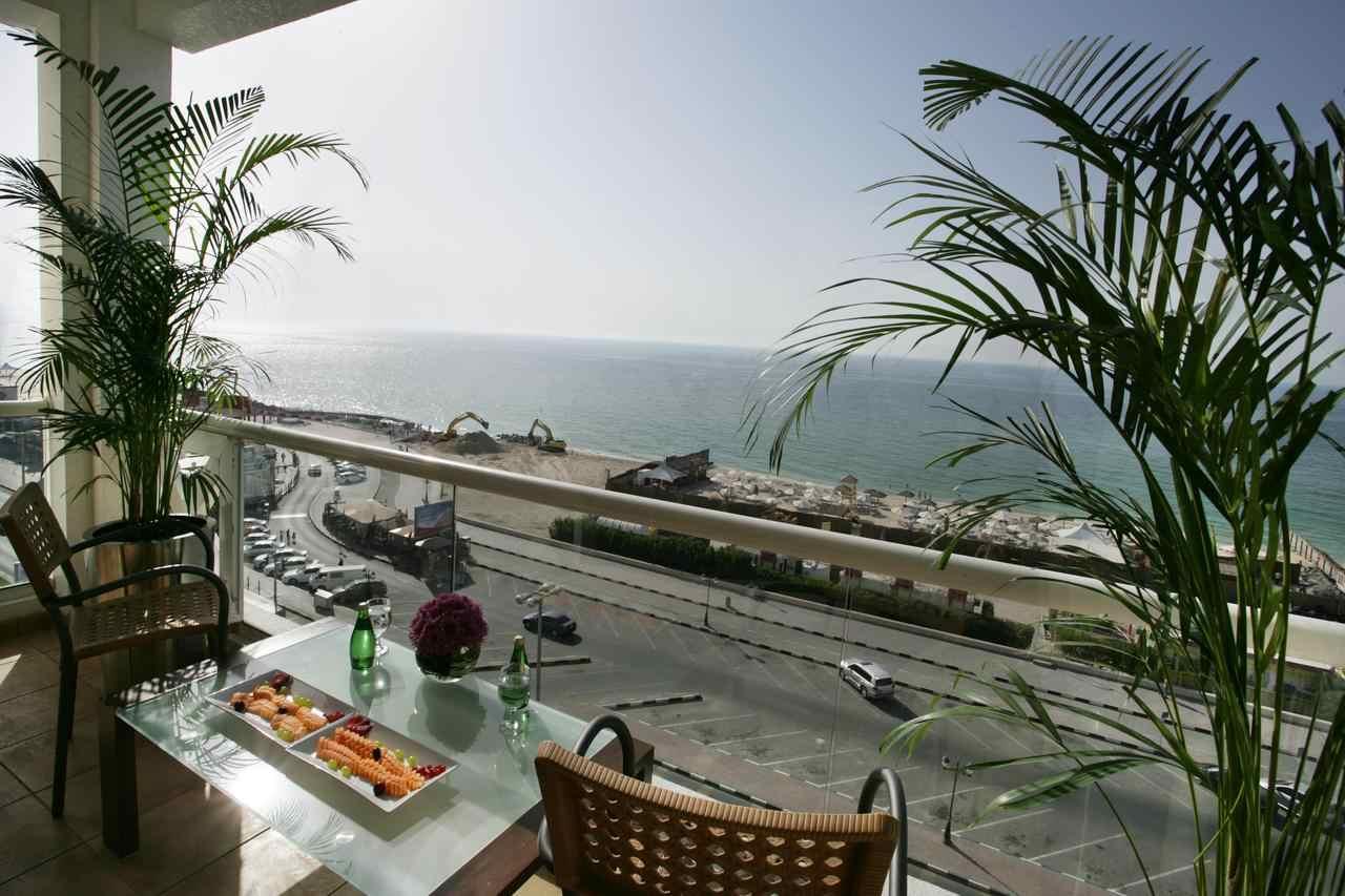 فندق رمادا في عجمان من افضل الفنادق في عجمان الامارات
