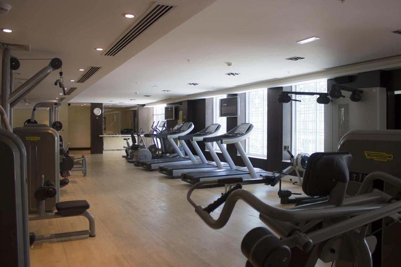 مركز اللياقة البدنية داخل فندق رمادا دبي