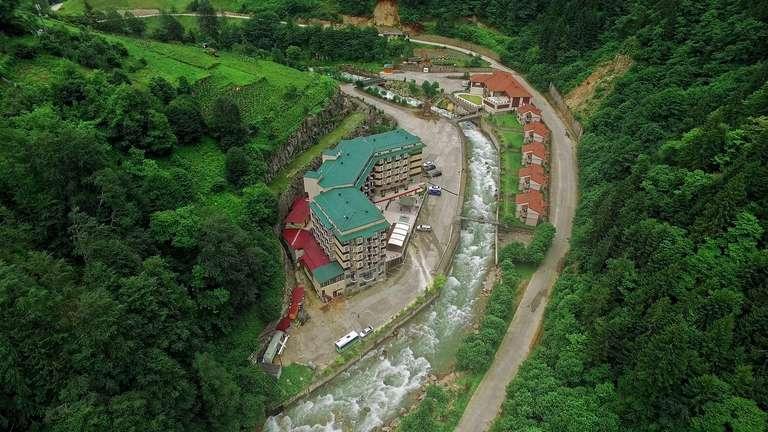 منتجع ريدوس ريزا من اهم الأماكن السياحية في ريزا