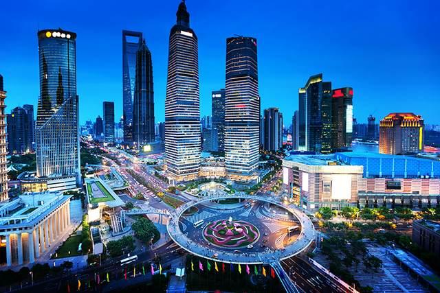 """""""شنغهاي"""" أكبر مدن الصين الساحرة"""