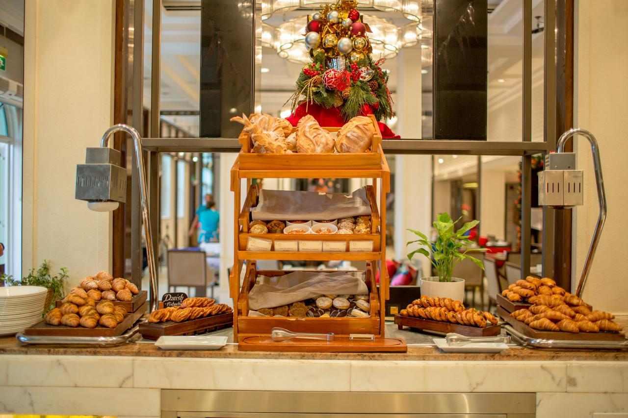فندق ريتز كارلتون دبي من افضل الفنادق في دبي الامارات