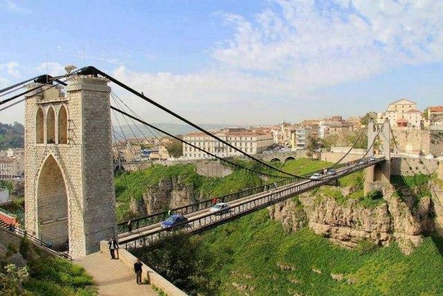 جسر سيدي مسيد المعلق من افضل الاماكن السياحية في مدينة قسنطينة السياحية