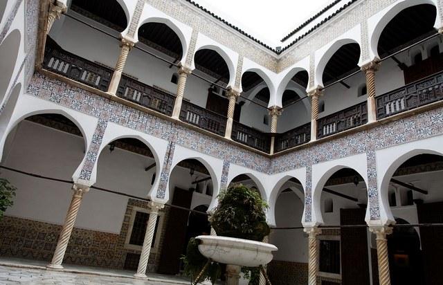 قصر الباي بوهران من افضل الاماكن السياحية في وهران