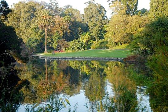 نهر يارا في مدينة ملبورن استراليا