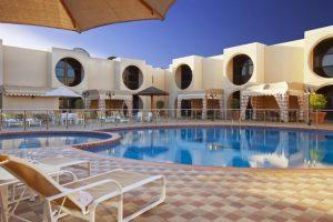 فندق هوليدي ان من اهم الفنادق في ينبع السعودية