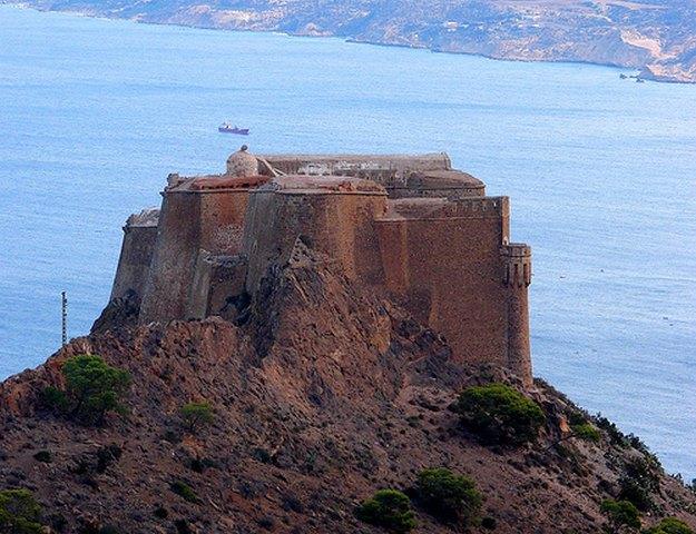 قلعة سانتا كروز بوهران من افضل اماكن السياحة في وهران