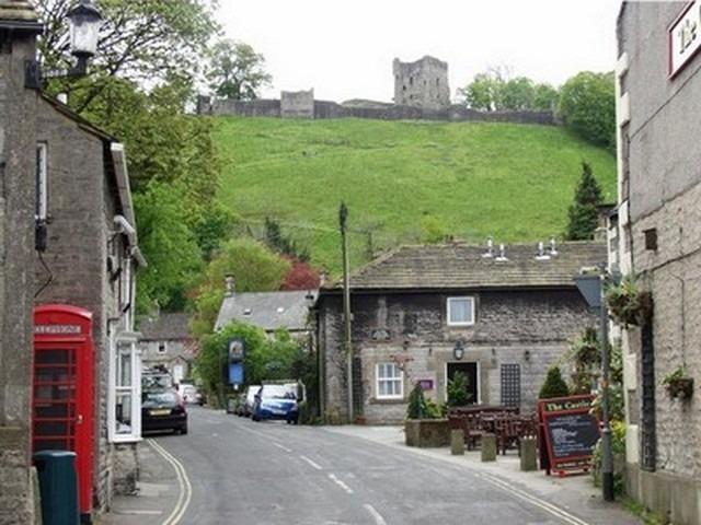 قلعة بيفريل من افضل اماكن السياحة في انجلترا شيفيلد