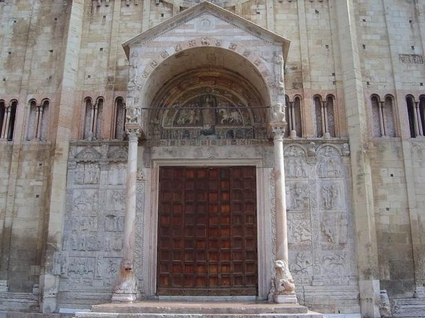 كاتدرائية فيرونا من اهم اماكن السياحة في ايطاليا