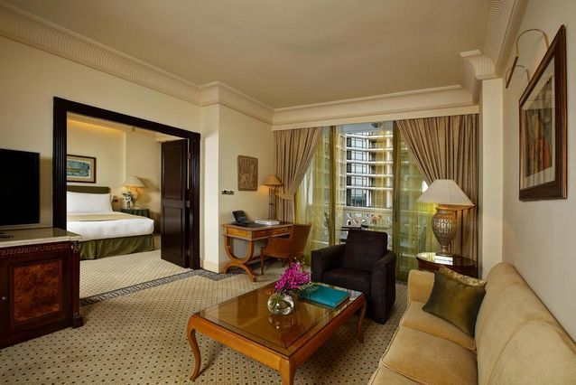فندق فينيسيا بيروت