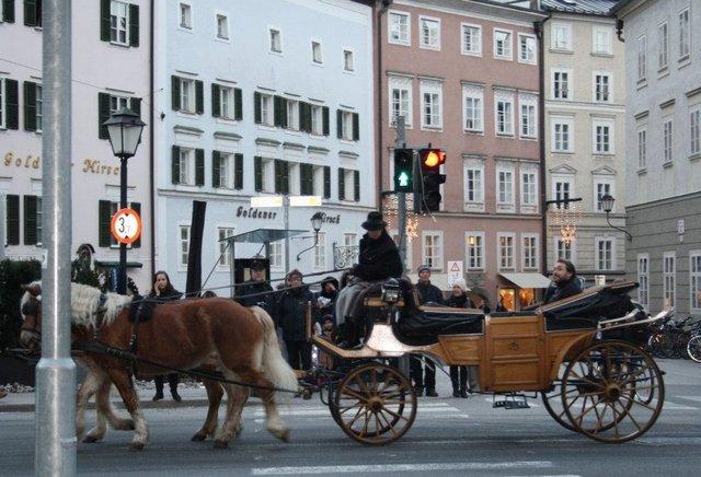 المدينة القديمة سالزبورغ من افضل اماكن السياحة في النمسا