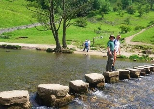 حديقة شيفيلد الوطنية من افضل اماكن السياحة في بريطانيا