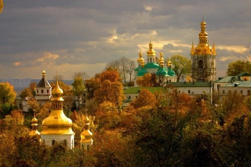 لافرا كييف من افضل اماكن سياحية في كييف اوكرانيا
