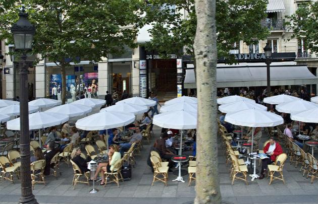 شارع الشانزليزيه بفرنسا - شانزليه باريس
