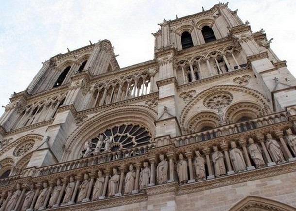 Front-of-Notre-Dame-de-Paris-1.jpg