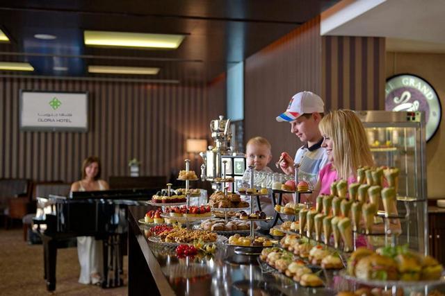 فندق جلوريا من افضل فنادق دبي 5 نجوم