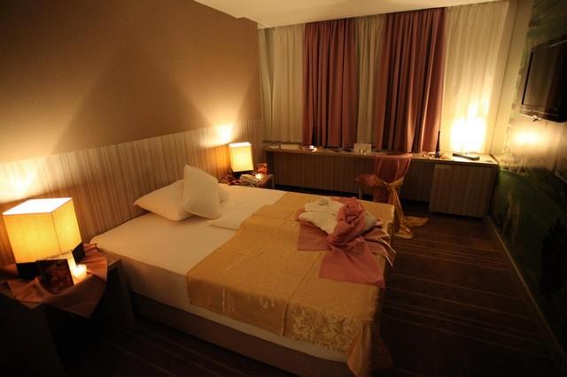 فندق هوليود سراييفو