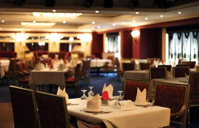 فندق موسكو من افضل فنادق 4 نجوم في دبي