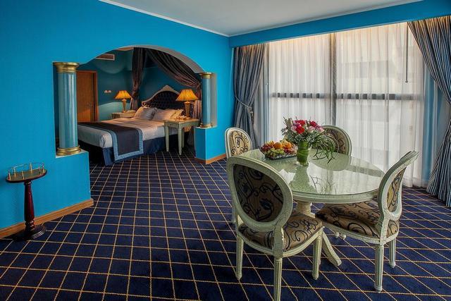 فندق موسكو في دبي
