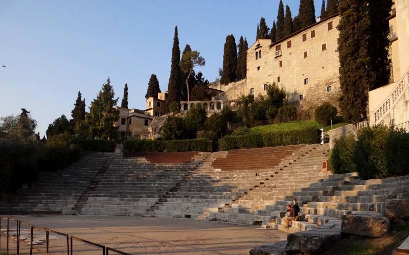 المسرح الروماني فيرونا