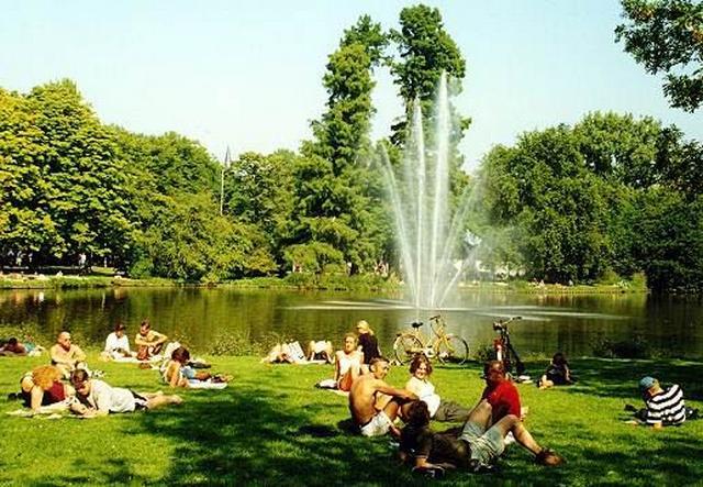 حديقة فوندل بارك امستردام