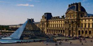 تعرف في المقال على افضل الانشطة السياحية في متحف اللوفر باريس ، بالإضافة الى افضل فنادق باريس القريبة منه