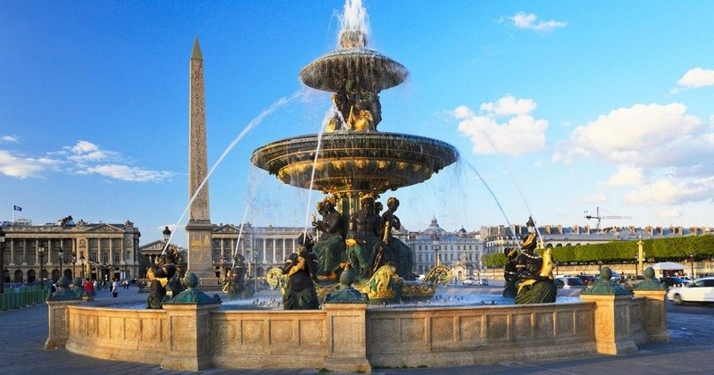 ميدان الكونكورد باريس