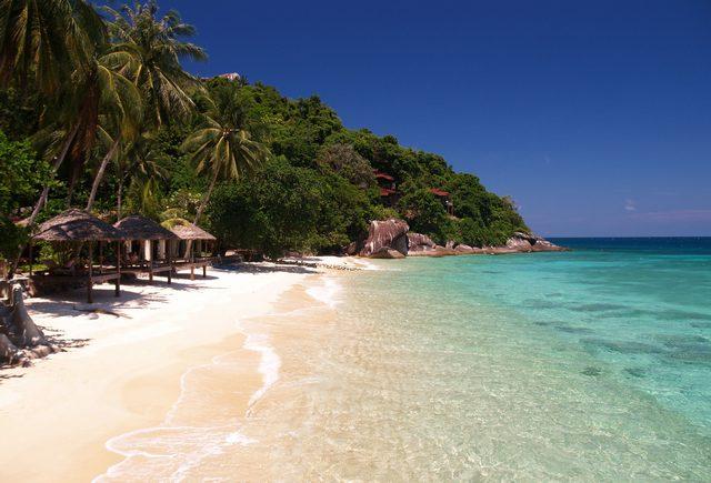 جزيرة تيومان من افضل جزر ماليزيا السياحية