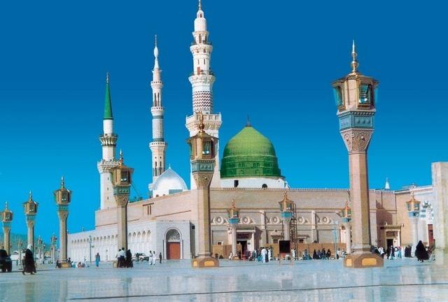 المسجد النبوي من ابرز معالم السياحة في المدينة المنورة الدينية