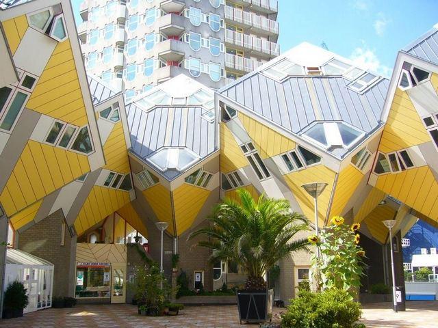 المنازل المكعبة من اهم الاماكن في روتردام سياحة